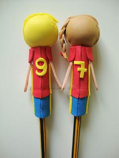 fofulapices seleccion española de espaldas con sus numeros