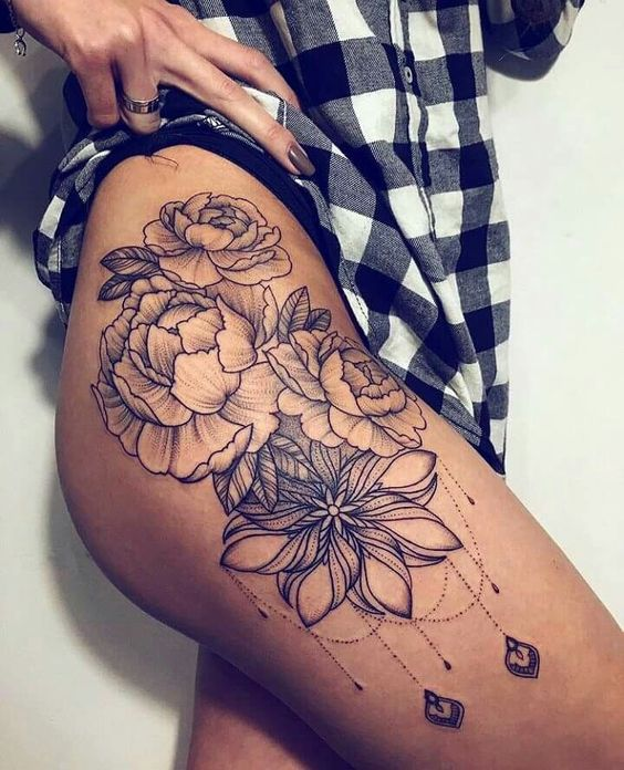 38 Most Attractive Hip Tattoos For Women