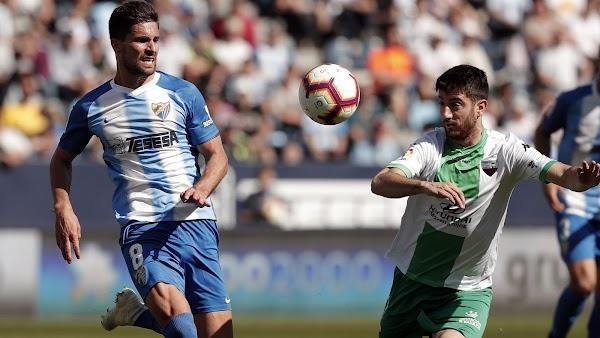 """Adrián - Málaga -: """"Nosotros estamos a tope con el entrenador"""""""