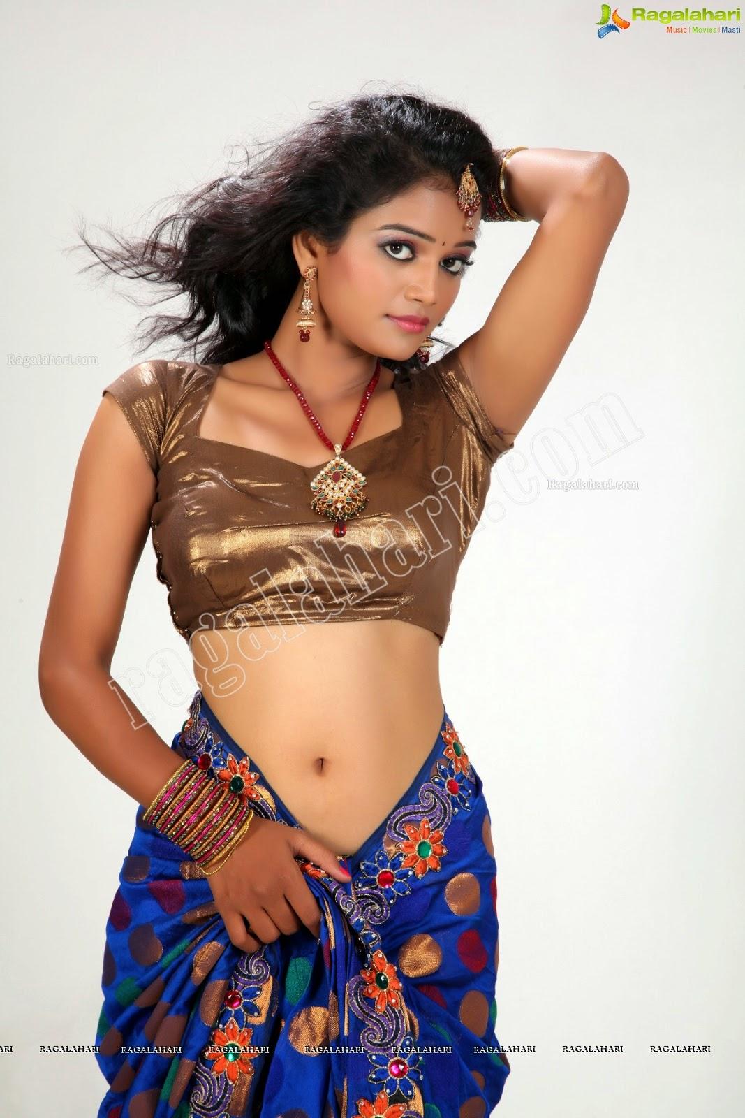 Navel Heroines Maheswari Tv Serial Actress Hot, Sexy -4110