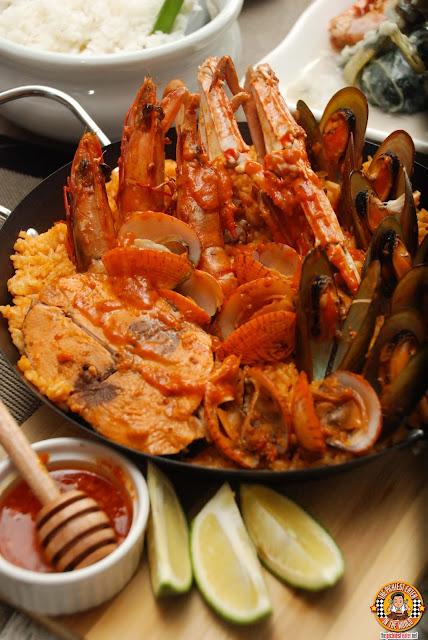 Seafood Paella ng Pamana