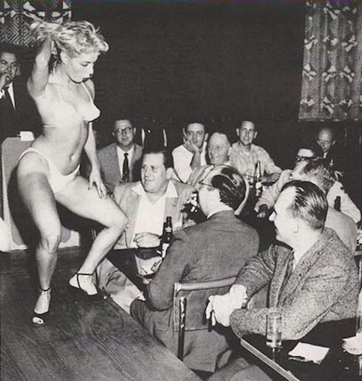 Vintage Striptease Porn Galery Striptease Pics Page