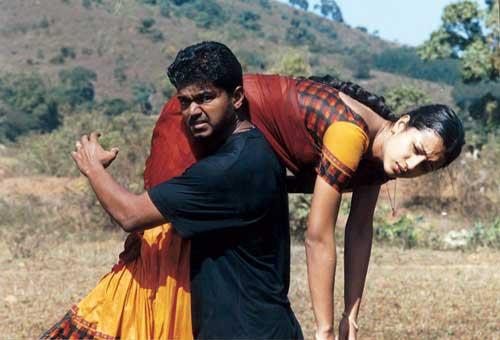 கில்லி, மங்காத்தா படத்தின் 2-ம் பாகத்தை எடுக்கும் திட்டத்தில் இருக்கிறார்கள்.