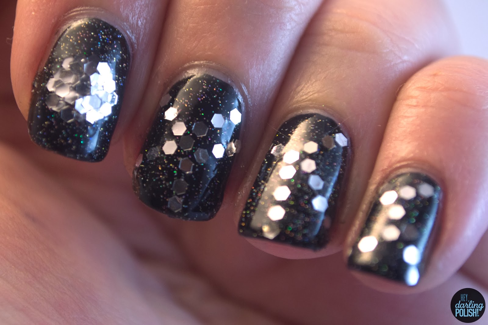 Christmas Winter Challenge: New Year\'s Eve • Polish Those Nails