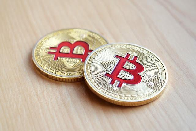 OJK Larang Lembaga Keuangan Fasilitasi Perdagangan Bitcoin