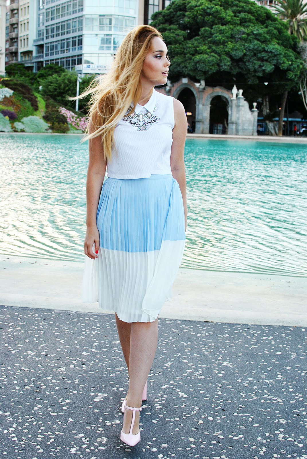 nery hdez, crop top , sugarhill boutique , peter pan neck, pleat skirt,
