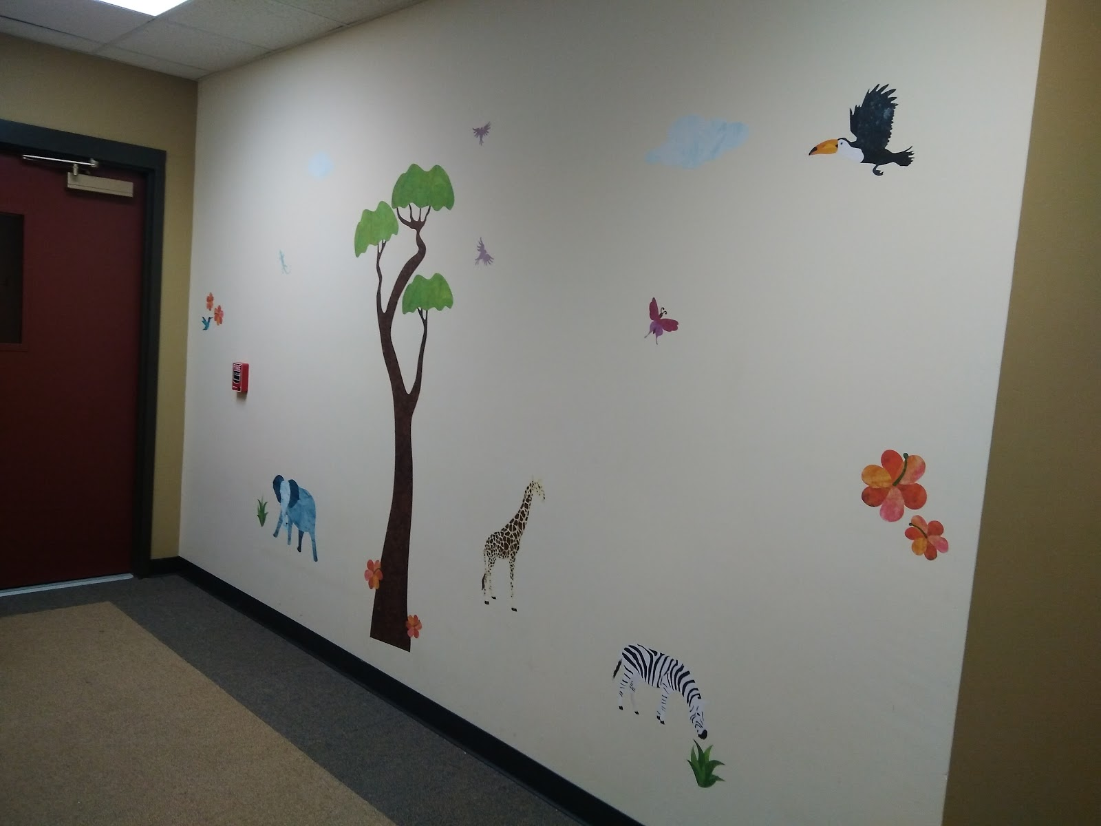 Epic I was literally able to create a colorful and wild jungle safari for IN MINUTES with these jungle wall stickers They were so easy to put up tear resistant