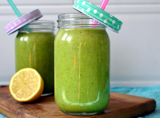 smoothie%2Bz%2Brukol%25C4%2585 Smoothie owocowe z rukolą