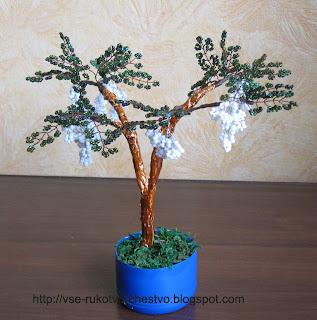 Дерево белая акация из бисера