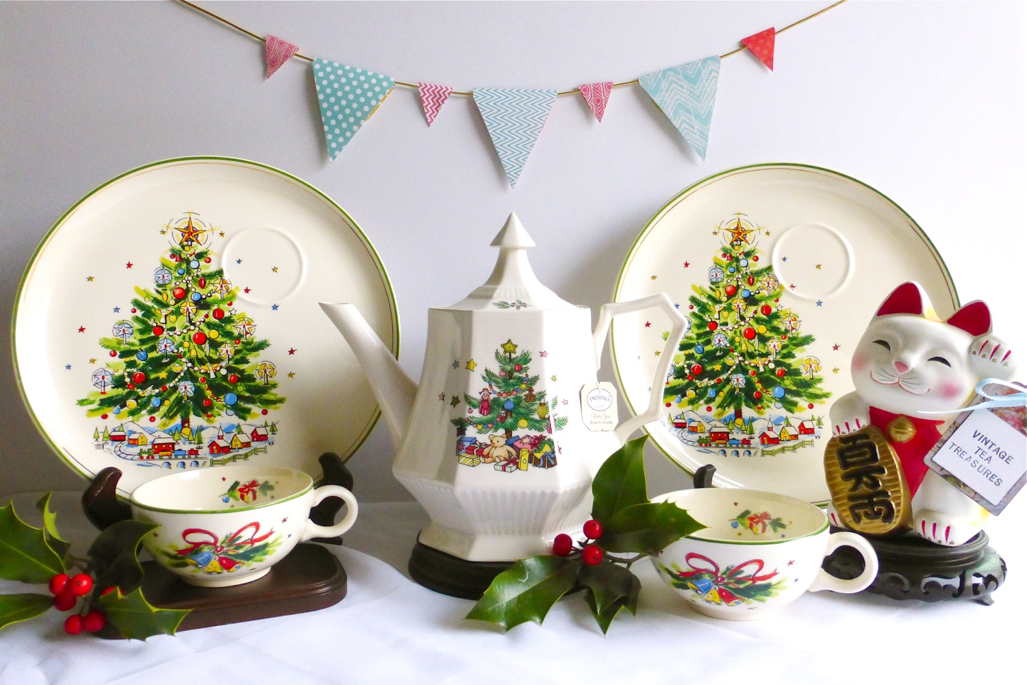 Viktor Schreckengost Christmas Eve Snack Sets, Christmas Tea Sets, Christmas Snack Sets, Nikko Christmas Tree Teapot, Vintage Tea Treasures on Etsy, Vintage Tea Treasures Holiday 2017 Sale