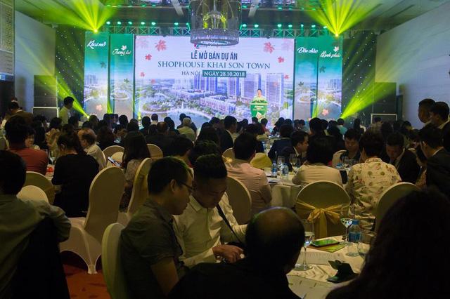 Một sự kiện mở bán của Khai Sơn Town