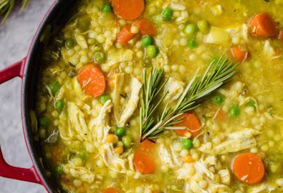La mejor forma de preparar una sopa de pollo