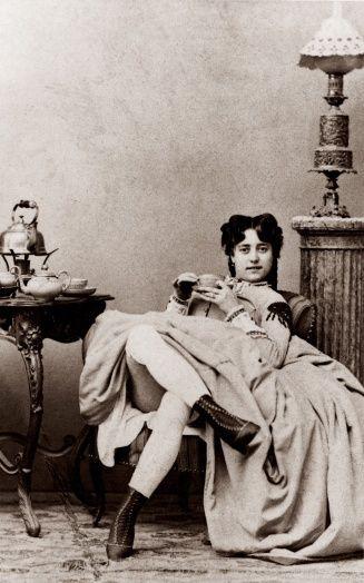 foto wanita pelacur di jaman dahulu