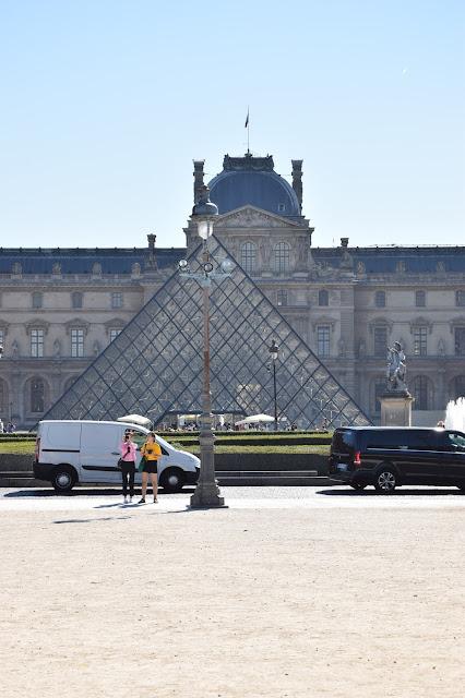 Paryż w pigułce #3 - Musée du Louvre - zdjęcie 2 - Francuski przy kawie