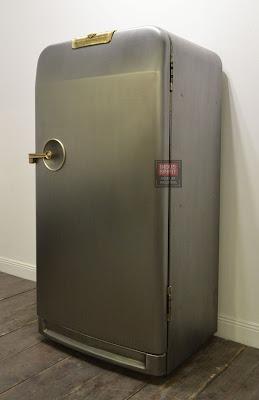 Ancien frigo Frigidaire