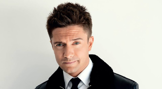 Topher Grace wife, age, height, death, girlfriend, body, what happened to, how tall is, how old is, gay,  movies and tv shows, spider man 3, venom, why did leave that 70s show, ashley hinshaw, walking dead, interview, interstellar, actor, oceans 11, jennifer grace, predators, laura prepon, workaholics, imdb