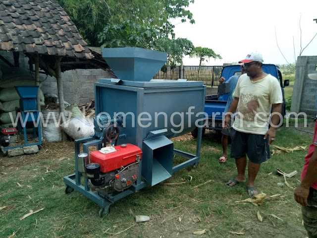 Mixer/Pengaduk pakan kapasitas 250/300 kg