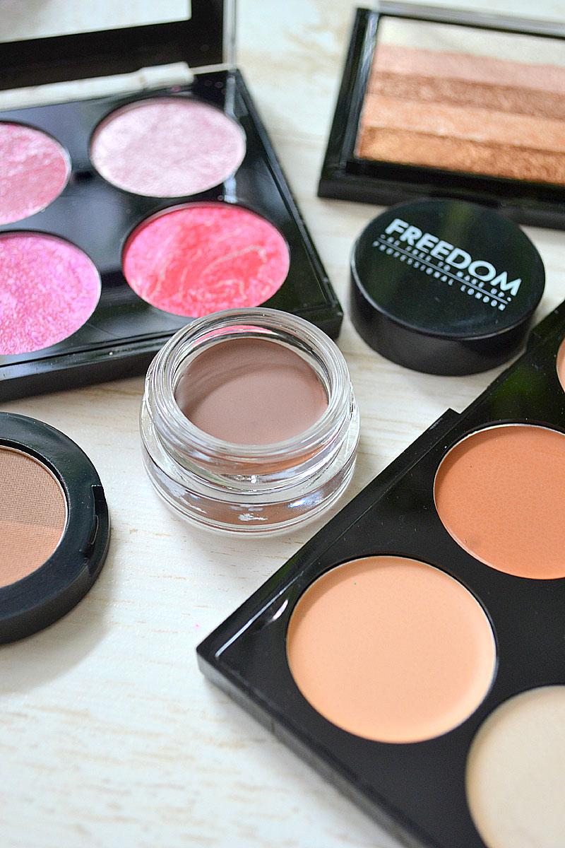 Makeup Revolution Kolorowe Szalenstwo Syllunia