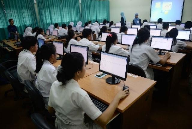 surabaya-laksanakan-unas-berbasis-online