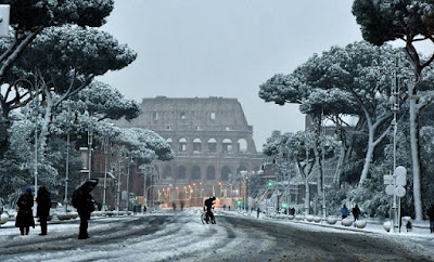 Rome sees rare snowfall as arctic cold front freezes Europe