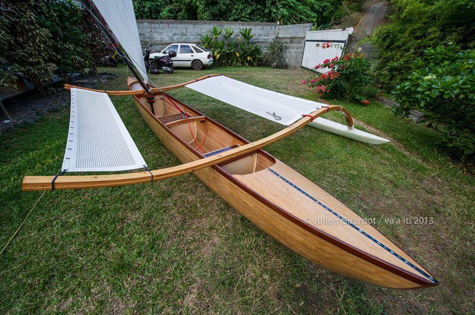 Outrigger Sailing Canoes: Va'a iti