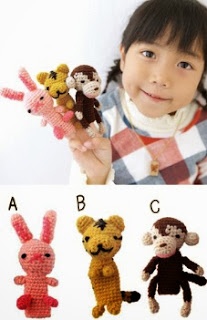 http://gosyo.co.jp/english/pattern/eHTML/ePDF/1005/w2/amicomo5-10_Fingerpuppets.pdf
