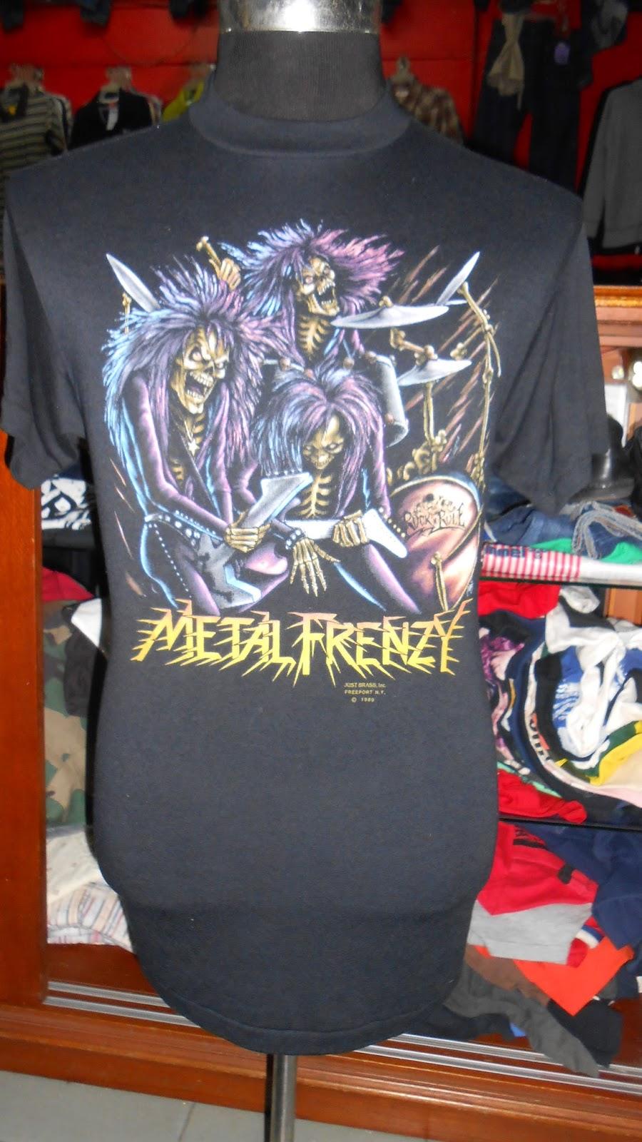 Trend Bundle Tendencies Tshirt Future Punk Hitam L Vtg Metal Frenzy 3d Emblem 89 Tshirtsold