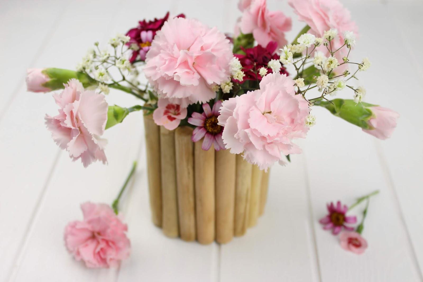 DIY - Vase aus Holz ganz einfach und schnell selber machen - wunderschöne Deko