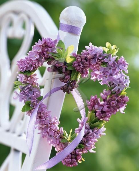 lilaclavender-wedding Il modello Volo Lieve personalizzato per Marco e VanessaColore Bianco Colore Lilla Tema Farfalle Verde Mela