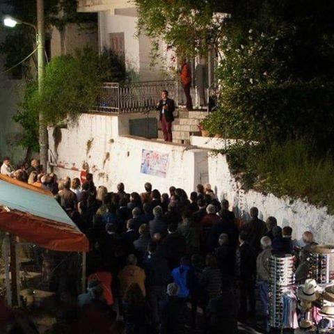 Πρέβεζα: Τι άλλο θα δούμε.. Υποψήφιος στην Πάργα μίλησε πάνω σε Μάντρα εγκαταλελειμμένου σπιτιού!!