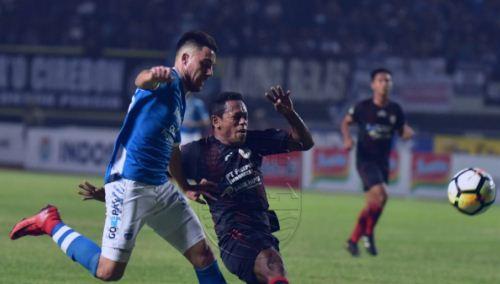 Hasil Skor Persib Bandung vs Persipura Jayapura 2-0