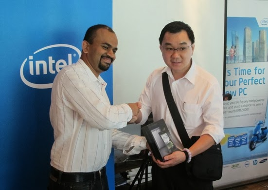 Christmas Comes Early This Year with Intel Malaysia 15