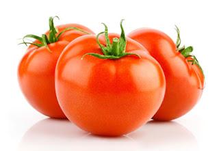 Tomatoes photo.