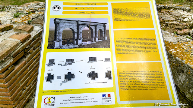 Arco de Triunfo - Apolonia de Iliria, Albania por El Guisante Verde Project
