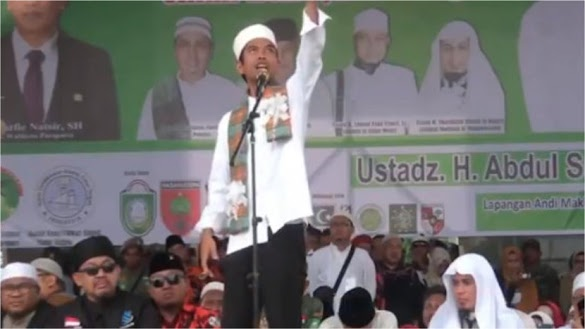 Tamparan Keras Ustadz Abdul Somad Bagi Penguasa Sombong!