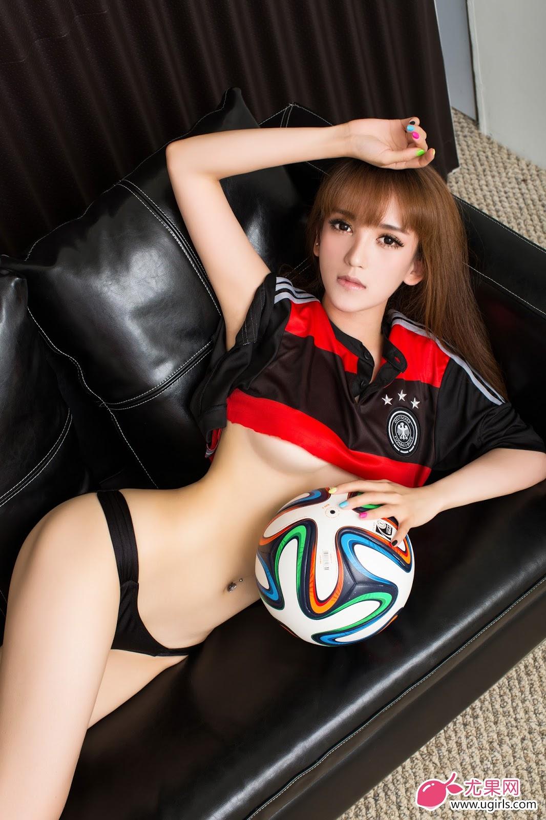 nude qi Asian model yu an