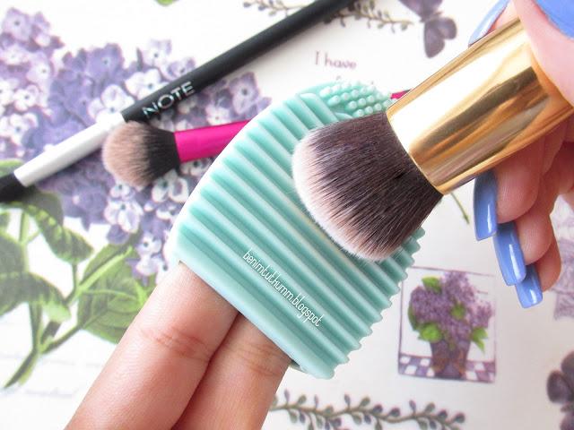 Brush Egg - Makyaj Fırçası Temizleme Aparatı