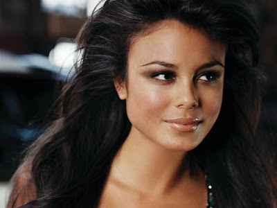 Gorgeous Nathalie Kelley Normal Resolution HD Wallpaper 3