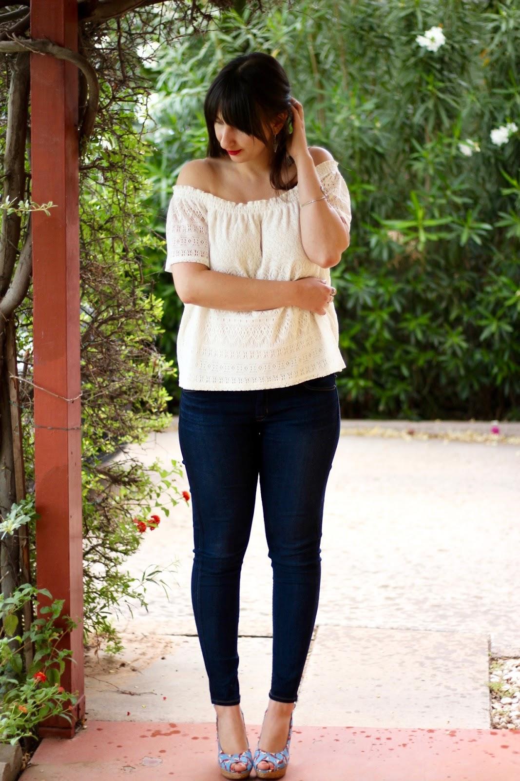 38875a52f43fa White lace off-the-shoulder blouse  H M