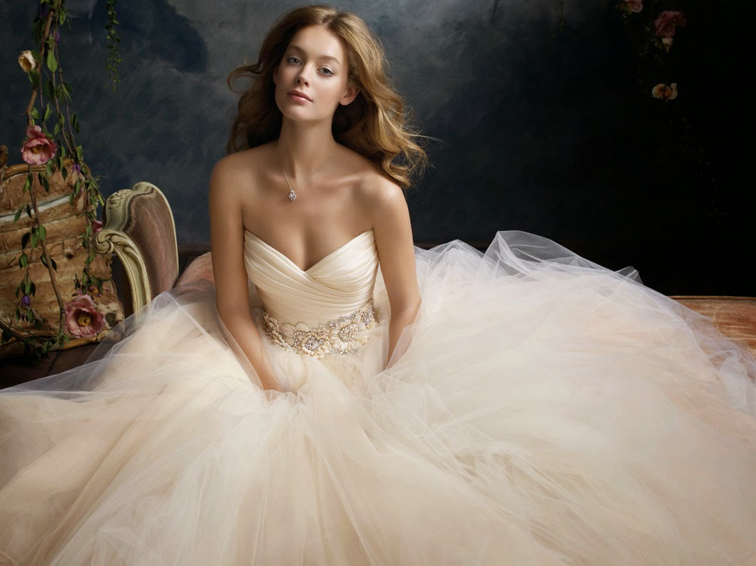Wedding, Fashion and Style - All You Want and Like: Cinderella