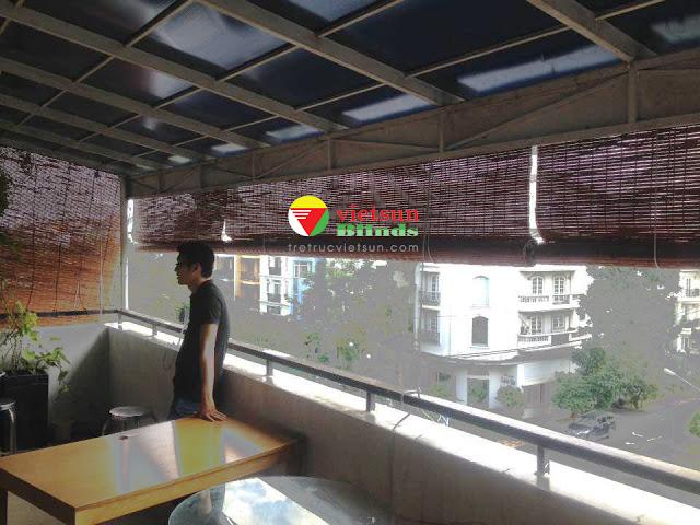 Các lợi ích của việc sử dụng mành tre trang trí quán cafe.