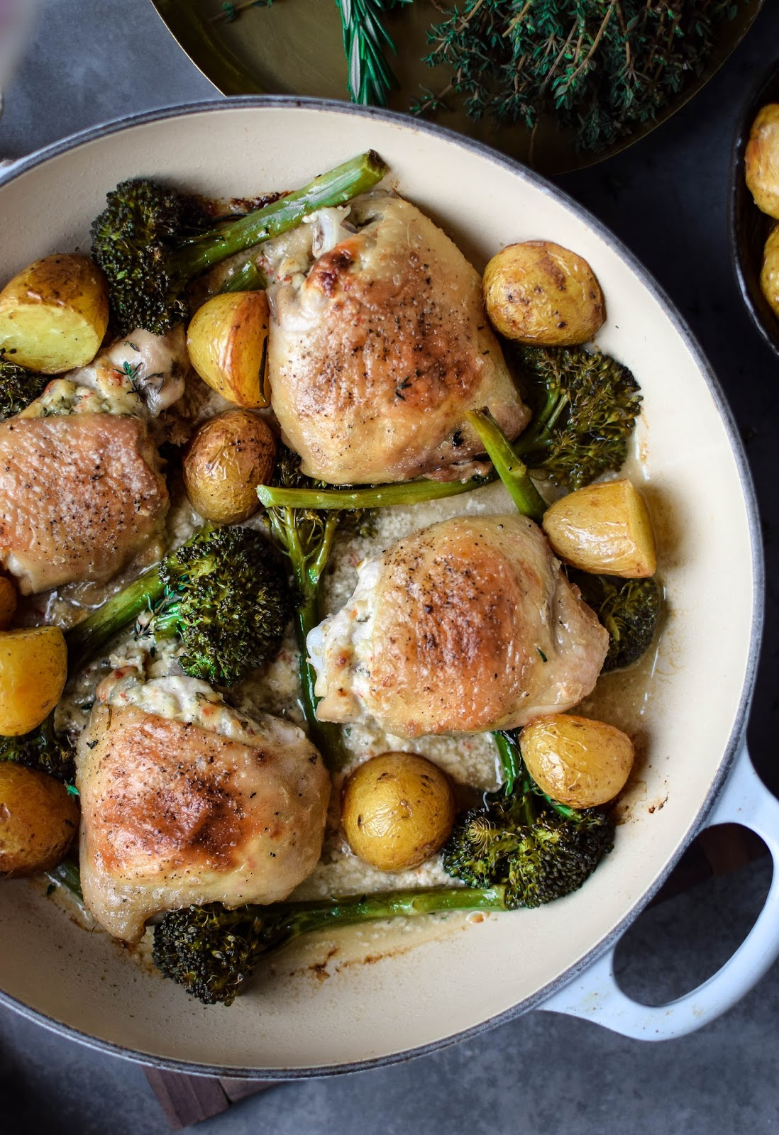 These blue cheese and chilli stuffed chicken thighs are the ultimate weekend lunch dish. This one pan recipe is super simple to throw together without scrimping on taste. Serve with some roasted new potatoes for a decadent treat.