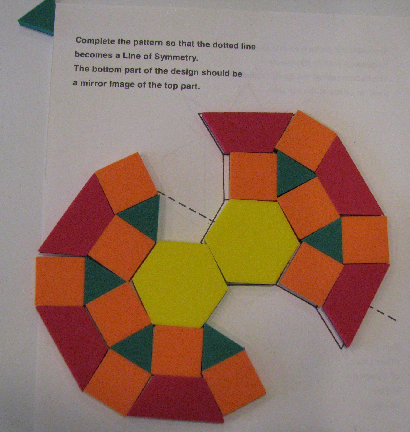 Love2learn2day Magnet Board Math Pattern Block Puzzles