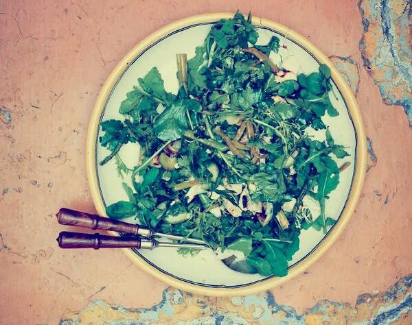 ensalada-verde-la-parrilla-con-vinagreta-de-cafe