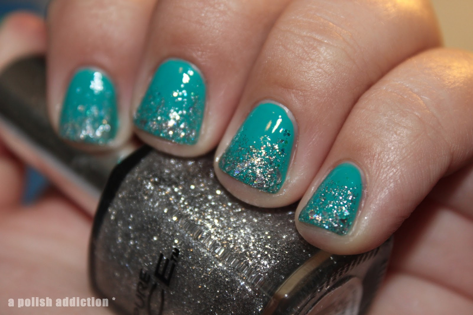 A polish addiction flower beauty good bud dy glitter gradient i reeeeeeeally like this manicure so much sparkle not to mention its my first success when it come to glitter gradients even if this is only the second izmirmasajfo