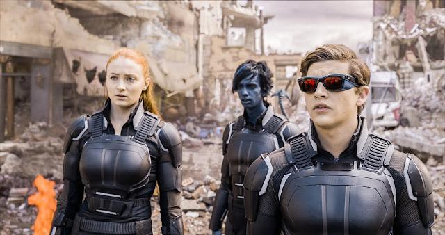 De izquierda a derecha: Jean Grey, Rondador Nocturno y Cíclope, los nuevos