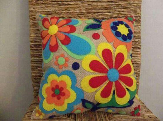 Hacer Cojines Fieltro.Aprende Como Hacer Cojines Con Forma De Flor Usando Fieltro