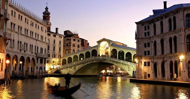 Italia y Derecho Constitucional