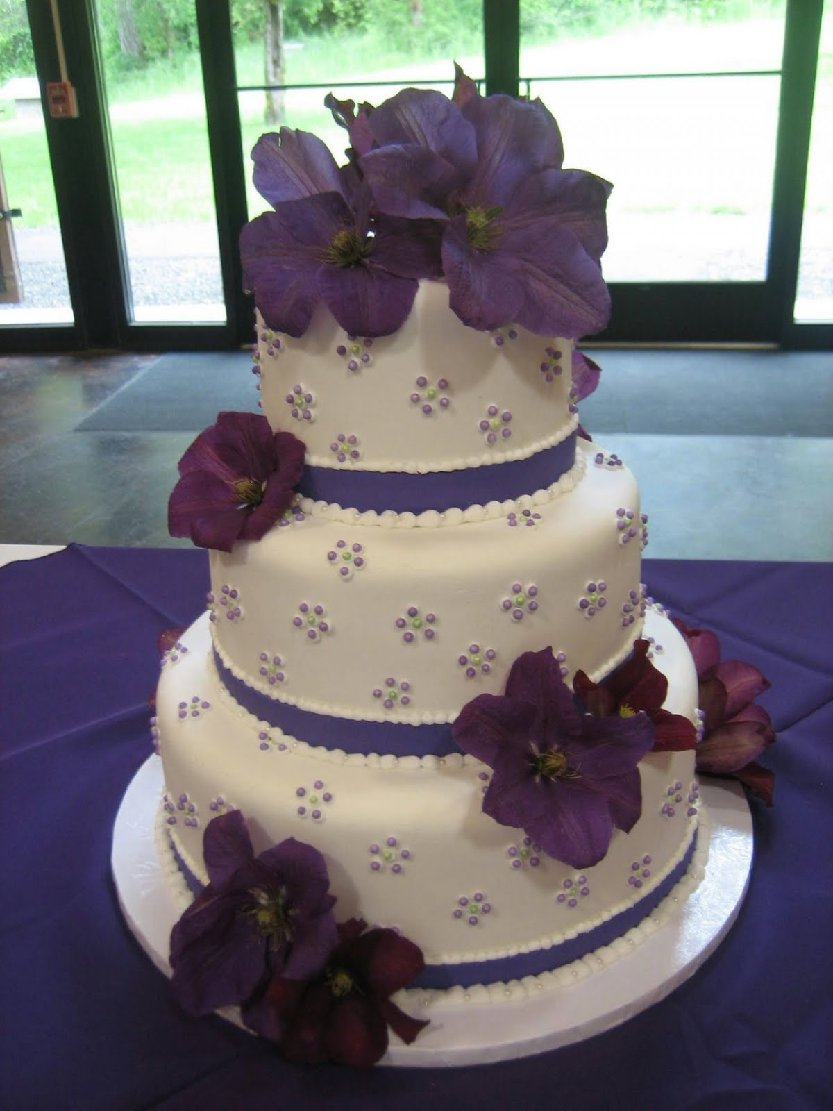 purple wedding cake decorations purple layer wedding cakes design ideas cake magazine 18912