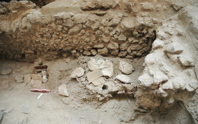 Συνεχίζονται οι ανασκαφές στη Σαντορίνη έως το 2020